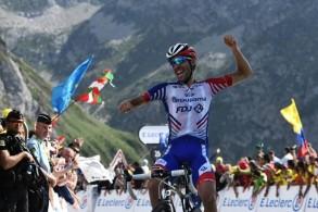 الفرنسي بينو بطل المرحلة الـ14