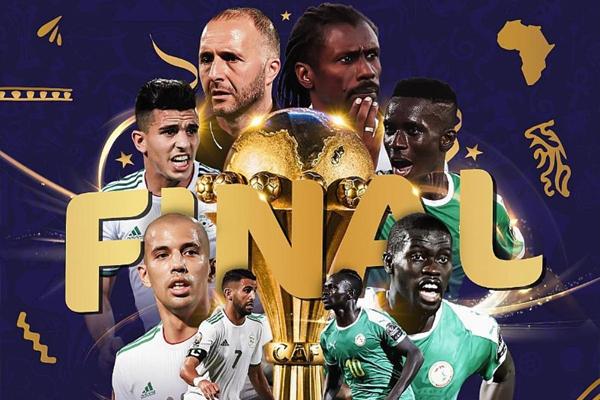 بلغ منتخبا الجزائر والسنغال المباراة النهائية لكأس الأمم الإفريقية في كرة القدم المقامة في مصر