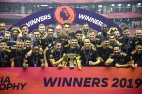 ولفرهامبتون يهزم مانشستر سيتي ويحرز كأس الدوري الانكليزي في اسيا