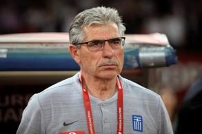 اقالة أناستاسياديس من تدريب المنتخب اليوناني
