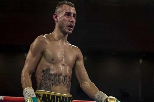 الملاكم الروسي مكسيم داداشيف