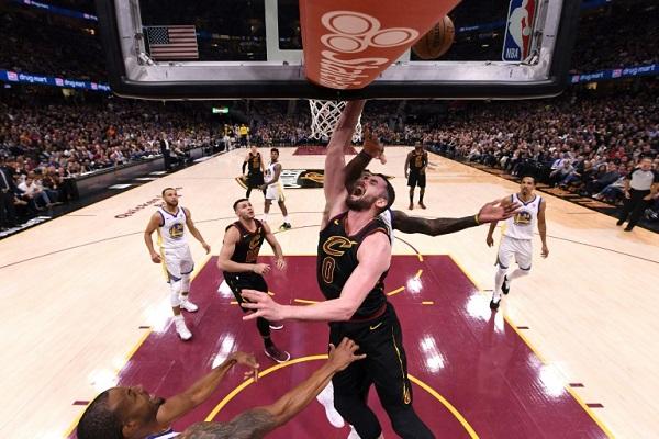 لوف تاسع لاعب يغيب عن المنتخب الأميركي في مونديال السلة