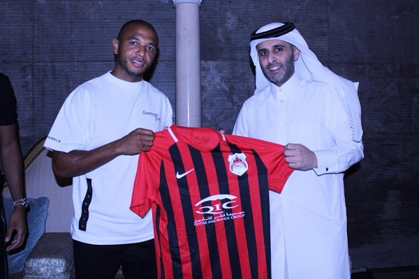 الجزائري ياسين إبراهيمي يوقع رسميا مع الريان