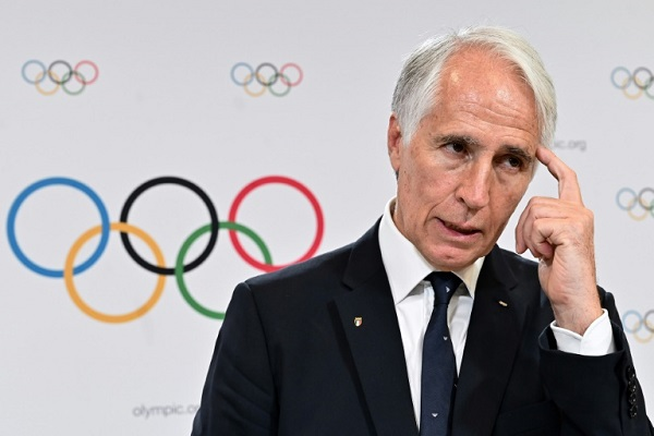 رئيس اللجنة الاولمبية الوطنية الايطالية جوفاني مالاغو