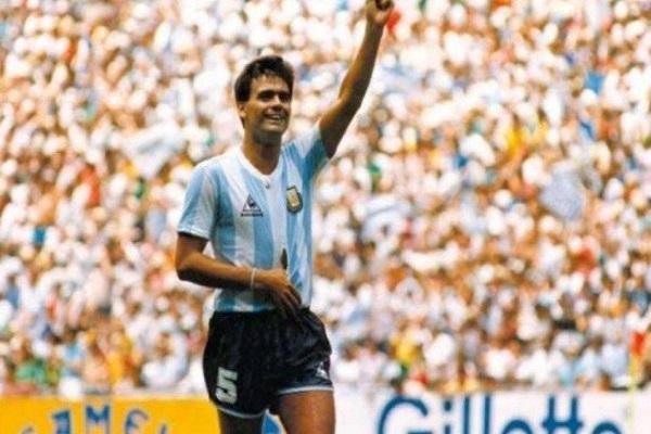 رحيل بطل العالم الارجنتيني