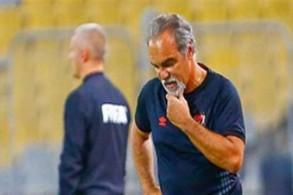 الأهلي يستغني عن خدمات مدربه الأوروغوياني لاسارتي