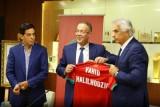 الاتحاد المغربي يمنح خليلوزيديش راتباً متواضعاً لتحقيق ثلاثة أهداف رئيسية