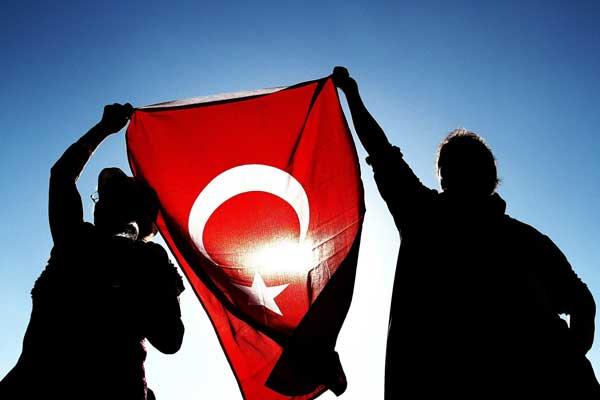 صلاح الدين دمرداش السجين يشرّح عيوب المجتمع التركي
