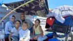 مخيم موريا: مأساة عائلة من اللاجئين التهمت النيران خيمتها