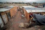 بيوت من تنك تغزو عاصمة السامبا