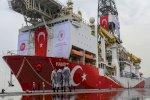 تركيا تلوح بالقوة لحماية