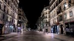 باريس بلا حركة في أول أيام حظر التجول