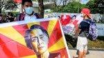 معارضو انقلاب بورما يتحدّون الجيش إلكترونيًا وعلى الطرقات