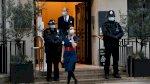 زوج ملكة بريطانيا الأمير فيليب باقٍ في المستشفى إلى الأسبوع المقبل