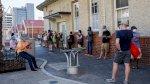 استراليا تبدأ حملة التلقيح ضد كوفيد-19 وسط احتجاجات