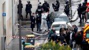 فرضت قوات الأمن طوقا حول مكان الهجوم بعد أن عثرت على طرد مشبوه Reuters