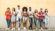كيف تغيرت حياة المراهقين في عصر التقنيات الرقمية؟