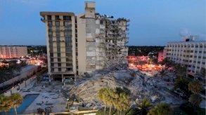 انهيار مبنى ميامي: 99 مفقوداً وطاقم الإنقاذ ينتشل 35 شخصاً
