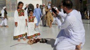بالصور: احتفالات المسلمين بعيد الأضحى حول العالم