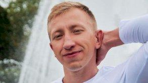 العثور على الناشط البيلاروسي المفقود مشنوقا في حديقة في أوكرانيا