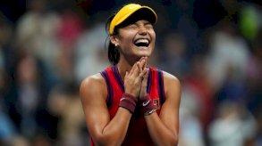 إيما رادوكانو: من هي لاعبة التنس الصغيرة التي صنعت تاريخاً جديداً؟