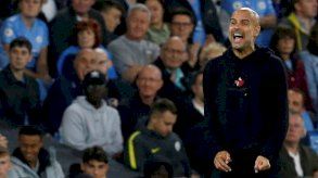 الدوري الانجليزي: غوارديولا يرفض الاعتذار عن تصريحات أغضبت جماهير مانشستر سيتي