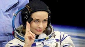 طاقم سينمائي روسي يصور أول فيلم في الفضاء