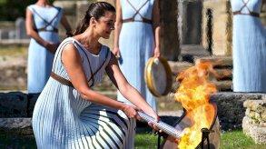 حوادث قتل غريبة وفيضانات وإضاءة شعلة أولمبية واحتفالات مولد النبي في صور