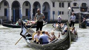 ايطاليا ومجموعة العشرين تسعيان لإعادة تفعيل السياحة