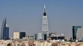 السعودية تبدأ اعتماد المصرفية الرقمية بالترخيص لمصرفين جديدين