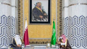الأمير محمد بن سلمان يستقبل الشيخ تميم في جدة