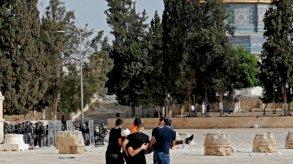 مئات الجرحى في تجدد المواجهات في باحات المسجد الأقصى