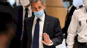 الادعاء الفرنسي يطلب سجن ساركوزي ستة أشهر نافذة