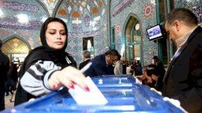 إيران تختار رئيسها الجمعة