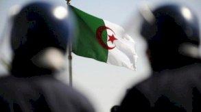 عقوبات بالسجن وقطع للإنترنت لمواجهة الغش خلال امتحانات الجزائر