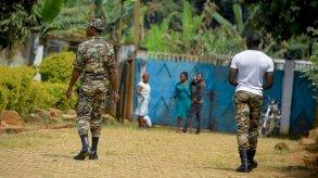 مقتل جنديين وموظف حكومي في الكاميرون