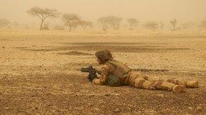 إصابة جنود فرنسيين ومدنيين في انفجار سيارة مفخخة في مالي