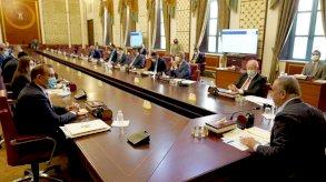 الكاظمي يطلق خطة الإصلاح الاقتصادي لمعالجة الفساد