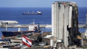 لبنان مشلول ومنكوب.. والتحقيقات