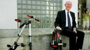 وفاة رائد المعلوماتية البريطاني كلايف سنكلير عن 81 عامًا