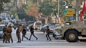 اشتباكات بيروت.. الجيش يحقق مع جندي أطلق النار على متظاهرين