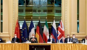 مَن يريد الاحتواء ومَن يريد الاختراق في محادثات فيينا؟