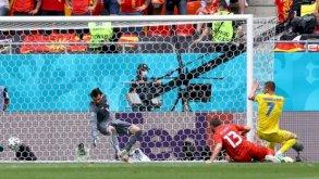 كأس أوروبا: أوكرانيا والنمسا وفنلندا لتأهل تاريخي