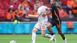 هولندا تحقق العلامة الكاملة بفوز كبير على مقدونيا