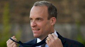 بريطانيا تعاقب خمسة متورطين بالفساد في العالم