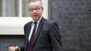 وزير بريطاني يتعرض للترهيب