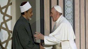 طريق شائك.. التاريخ السري لصداقة البابا فرانسيس والإمام الأكبر
