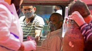 الهند تسجّل 400 ألف إصابة جديدة في يوم واحد وتفتح مجال التلقيح للجميع