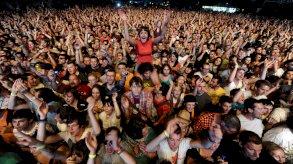 صربيا تتحدى جائحة كورونا بالموسيقى