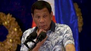 الرئيس الفيليبيني يطلب من الشرطة توقيف منتهكي قواعد الكمامة